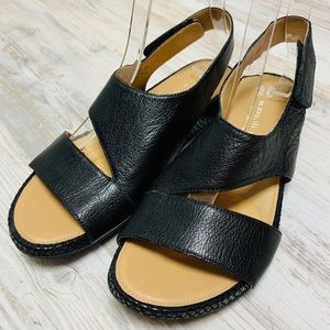 Naturalizer Yessica Black Leather Sandals 6.5M